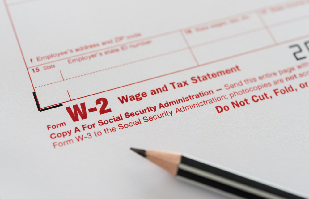 Pay Attention To These 2017 W-2 & 1099 Filing Deadlines